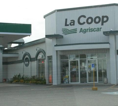 La coop agriscar fait l acquisition du centre de for Home hardware porte et fenetre valleyfield