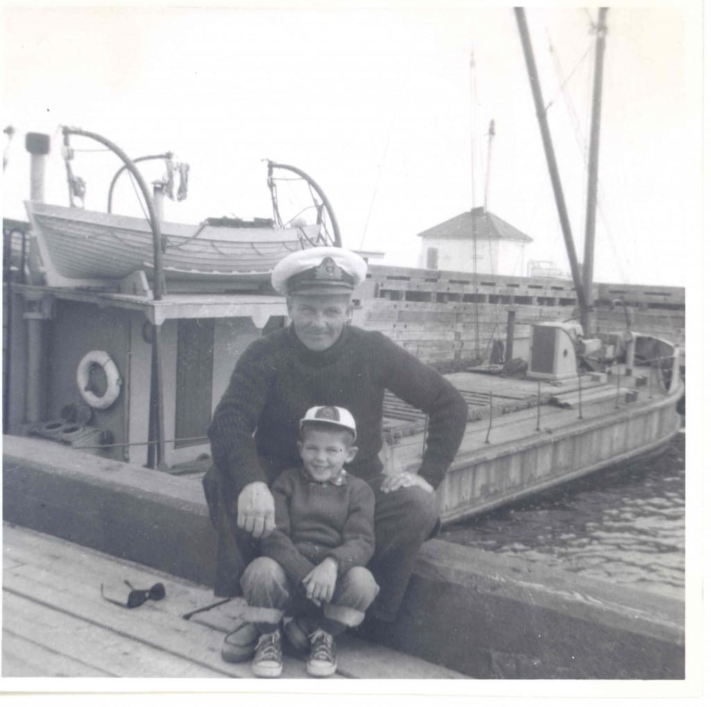 520- Ile aux pommesStanislas et son fils Gaston vers 1957 (2)